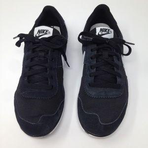 Nike Victoria NM Suede Black White Women 9.5 Shoes